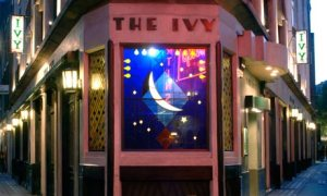 The-Ivy-restaurant-in-the-007