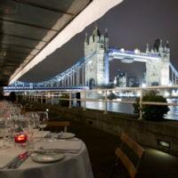 Le Pont de la Tour D&D London