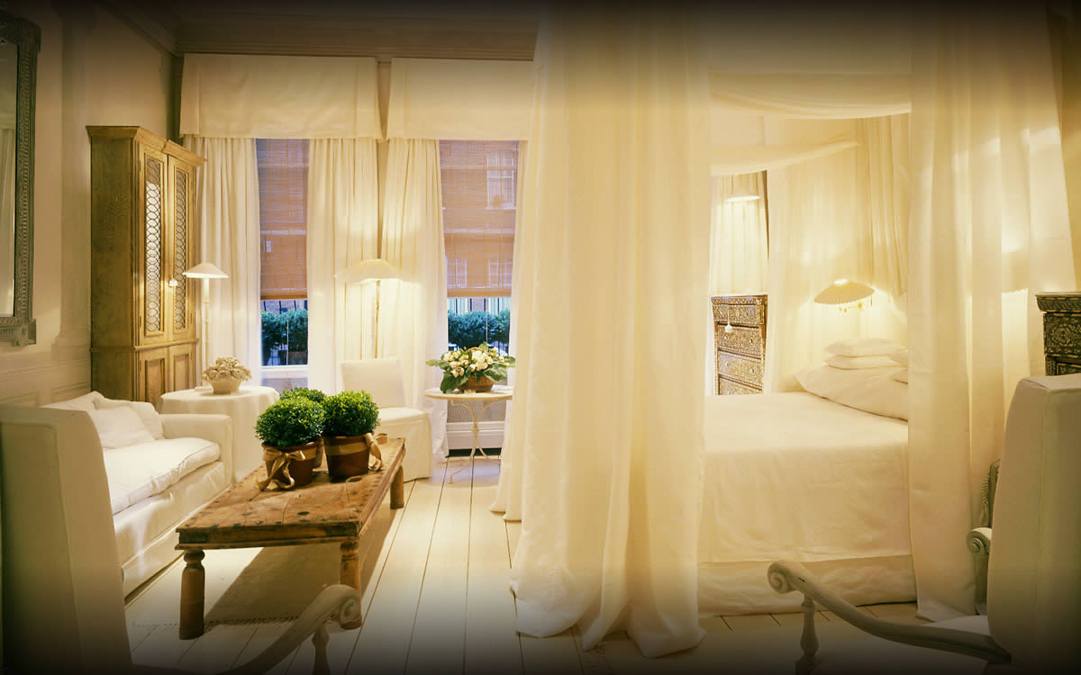 10 most romantic hotel rooms in the uk the lrg blog for Most luxurious boutique hotels in the world