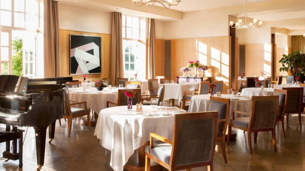 Seasons Restaurant, Four Seasons, Hampshire