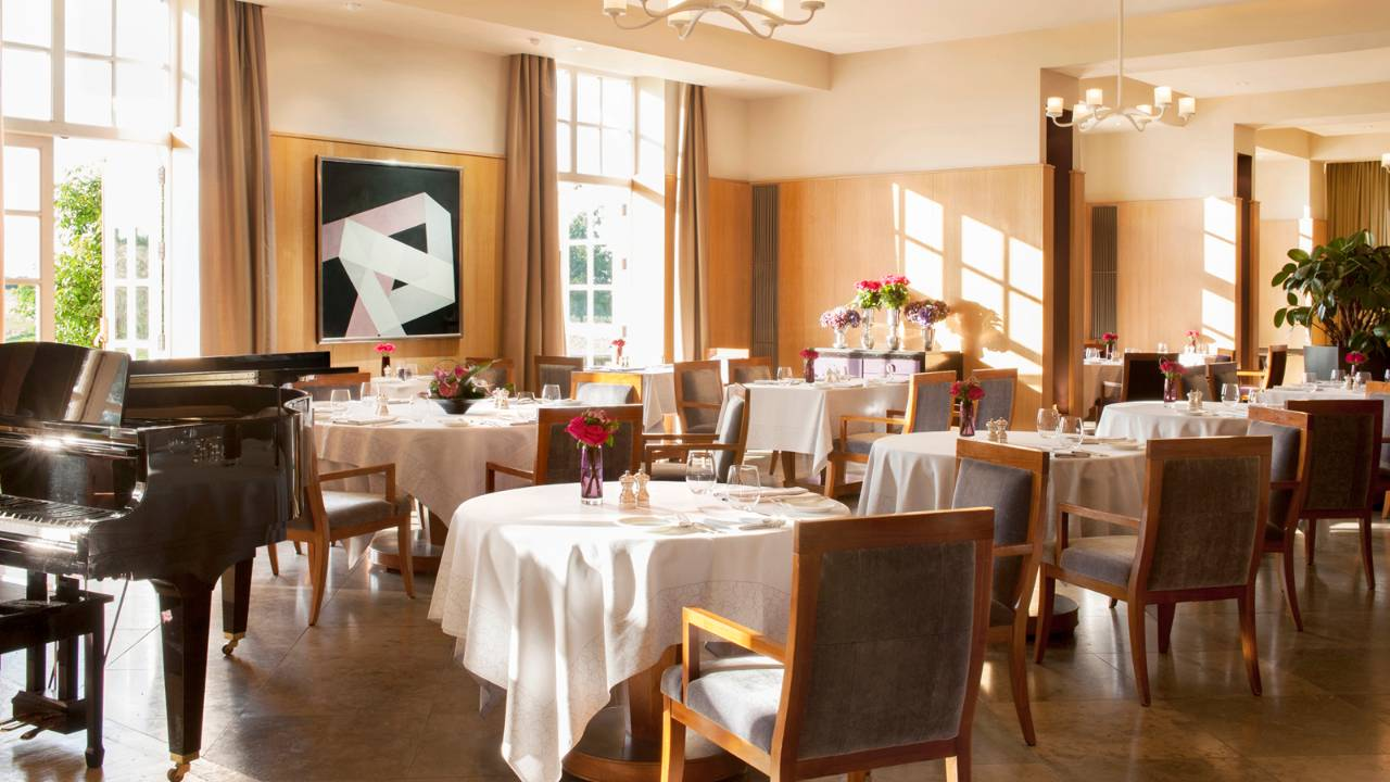 Seasons Restaurant, Four Seasons, Hampshire