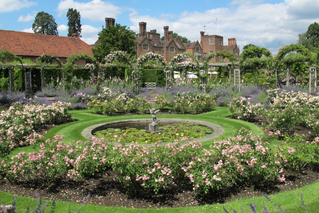 Great Fosters Rose Garden