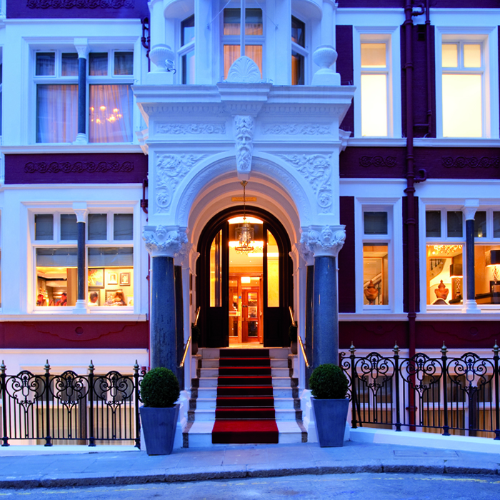 Seven Park Place at St James Hotel & Club