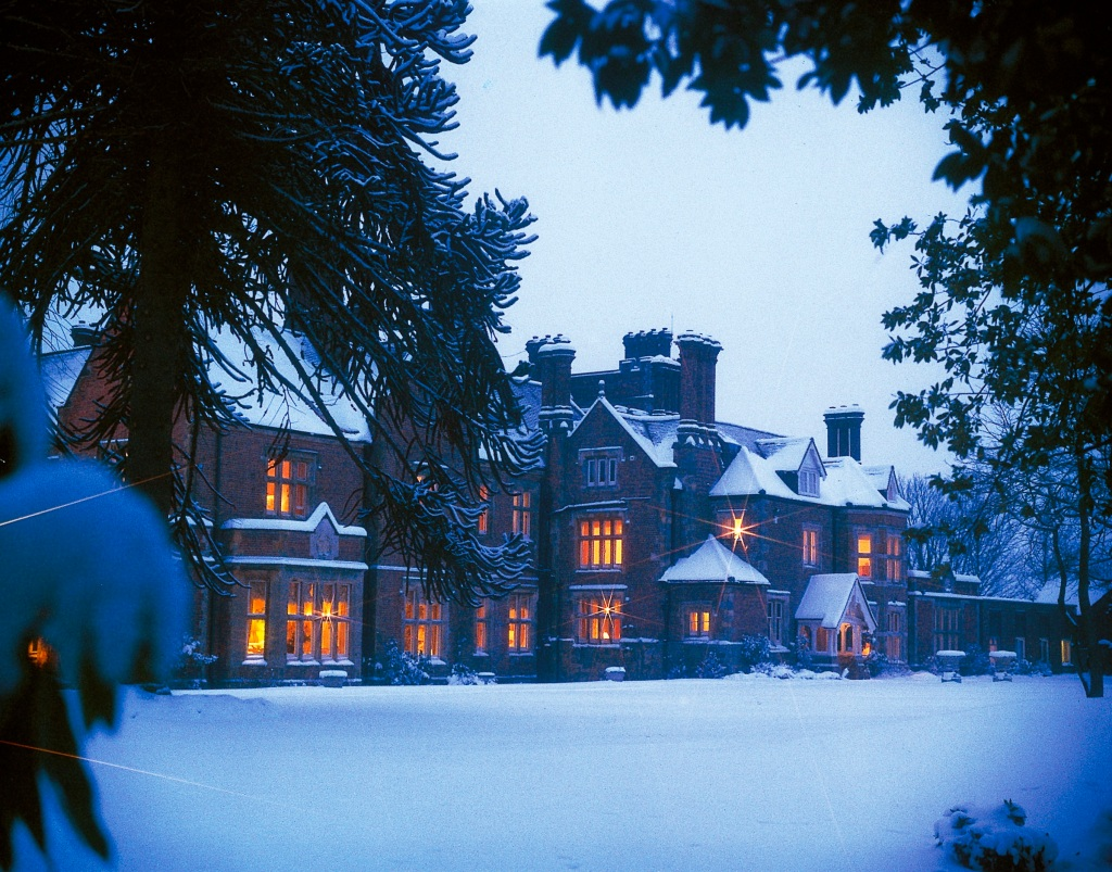 Exterior of Alexander House Hotel in the Snow