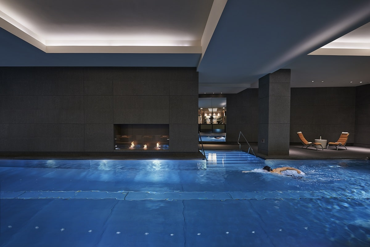 london-2014-luxury-spa-pool-01-min