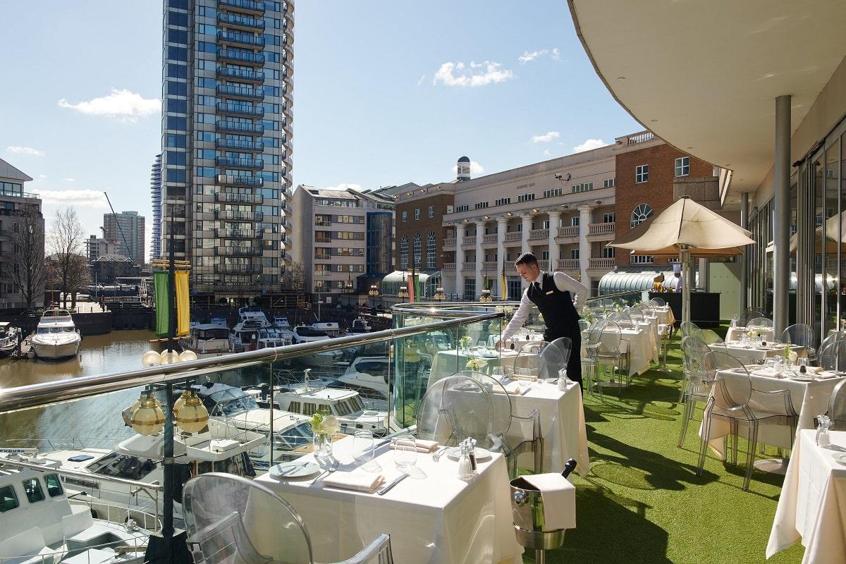 Restaurant Terrace-min.jpg