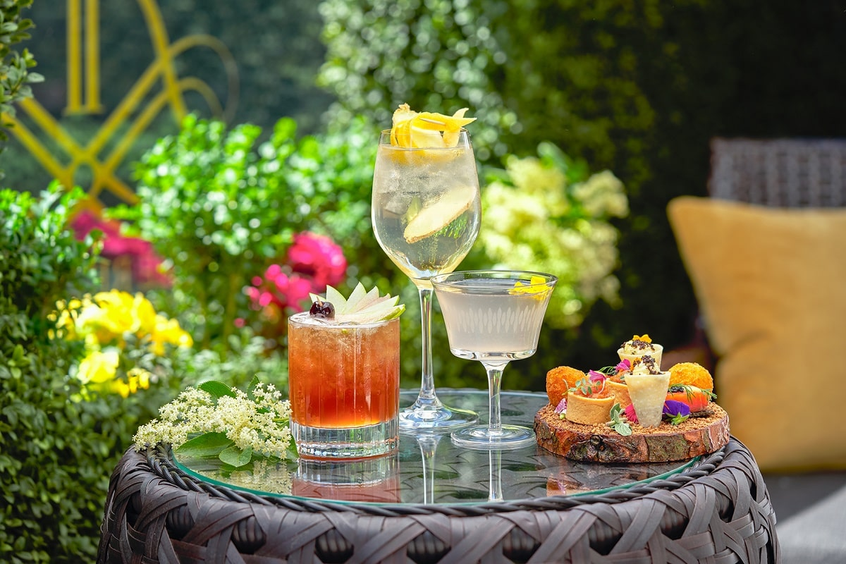 The Rib Room Floral Summer Terrace cocktails - 05 reduced-min