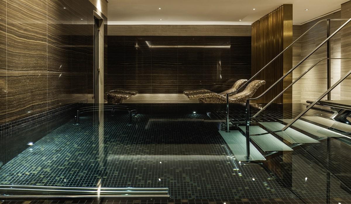 The-Langley-Spa-Vitality-Pool-min